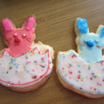 Easter baking part 3: bunny cookies and brownie bites|Cocina de pascua, parte 3: galletitas y mini brownies de conejo