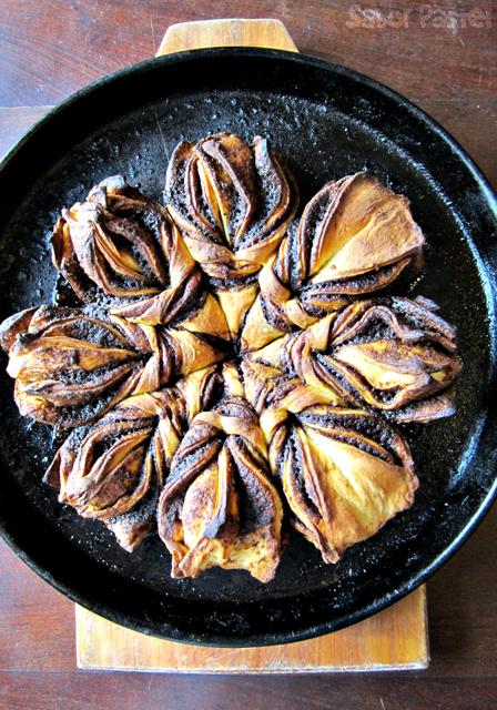 Cinnamon Flower Bread @ Sabor Pastel